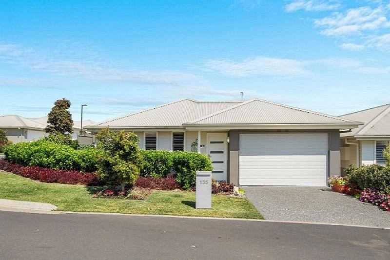 View profile: Re-Sale Freshwater Contemporary 2 Bedrooms plus a Study/Media Room